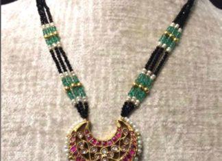 black beads necklace with kundan pendant