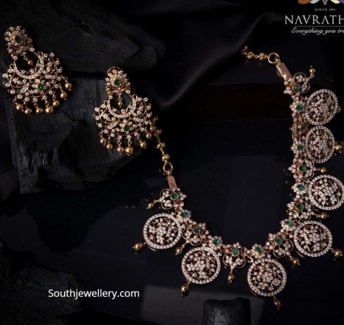 closed setting diamond necklace set