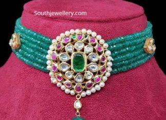 emerald beads choker kanodia
