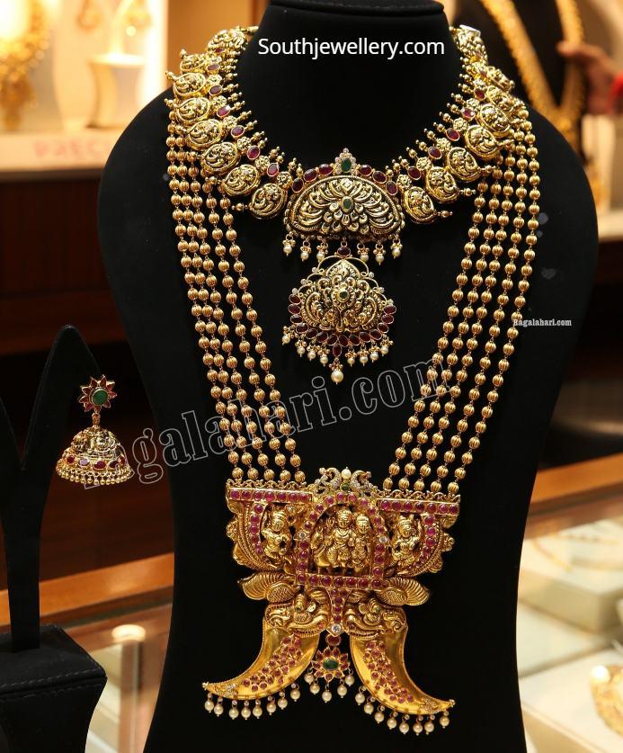 gold nakshi necklace and gundla mala