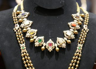 navrathan necklace and gold balls haram