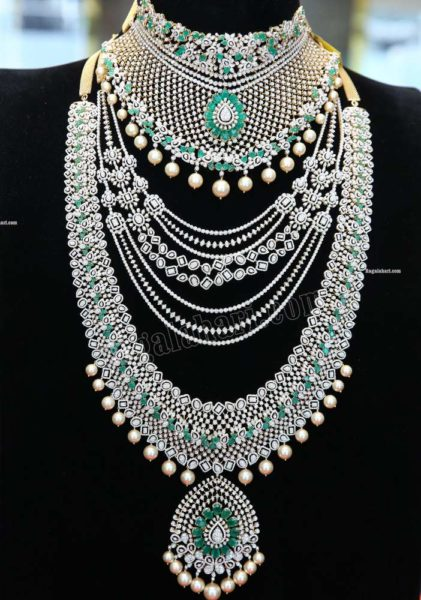 diamond and emerald necklace sets