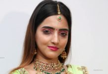 kundan choker and bottu haram