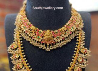 kundan necklace and haram