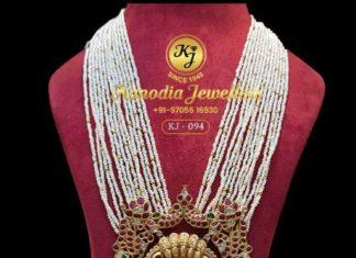 pearl haram with nakshi pendant