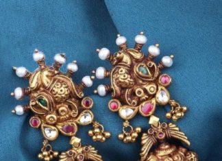 antique gold jhumkas (1)