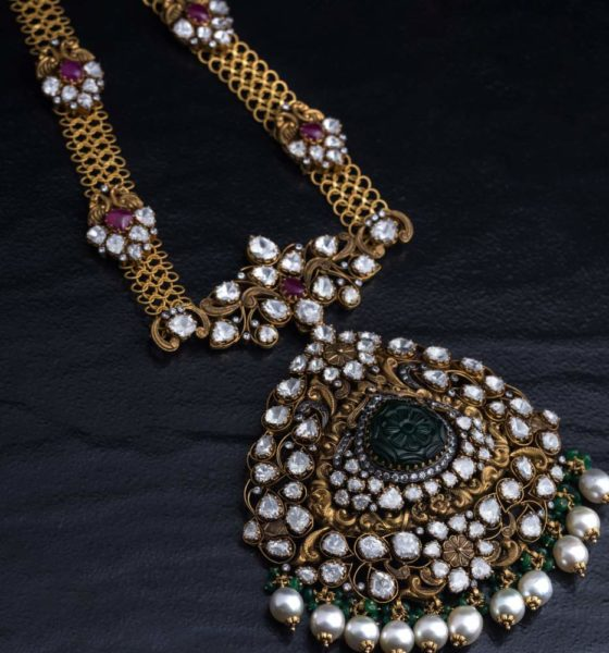antique gold necklace with polki pendant