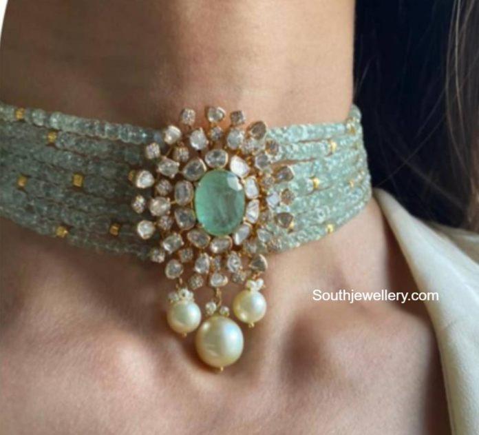 emerald beads choker with polki pendant (5)