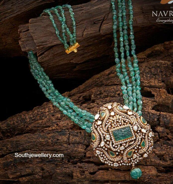 emerald beads necklace with diamond pendant (3)