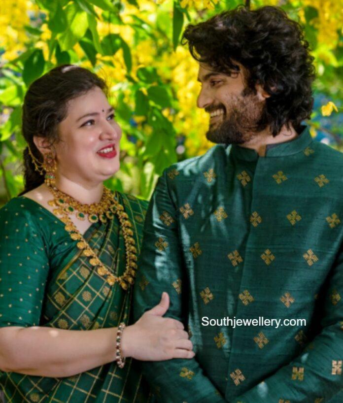 sudheer babu wife gold jewellery (1)