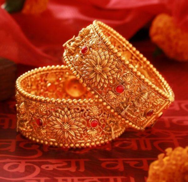 antique gold nakshi floral broad bangles