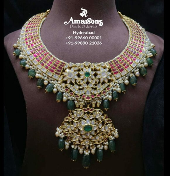 kundan necklace with polki pendant