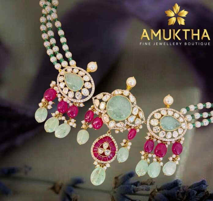 pearl necklace with polki pendant (2)