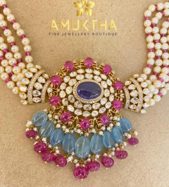 pearl necklace with uncut diamond pendant