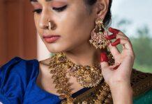 antique gold jewellery aqua
