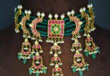 emerald beads and kundan choker