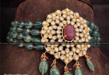 emerald beads choker with polki pendant