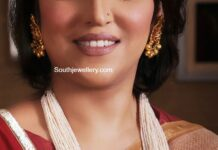 pearl haram with lakshmi kundan pendant