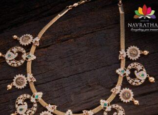 closed setting pacchi diamond necklace
