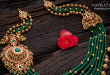 layered emerald beads necklace with gold side pendants