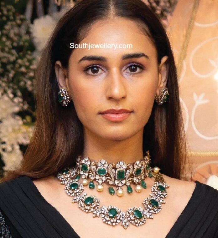 polki emerald choker and necklace set
