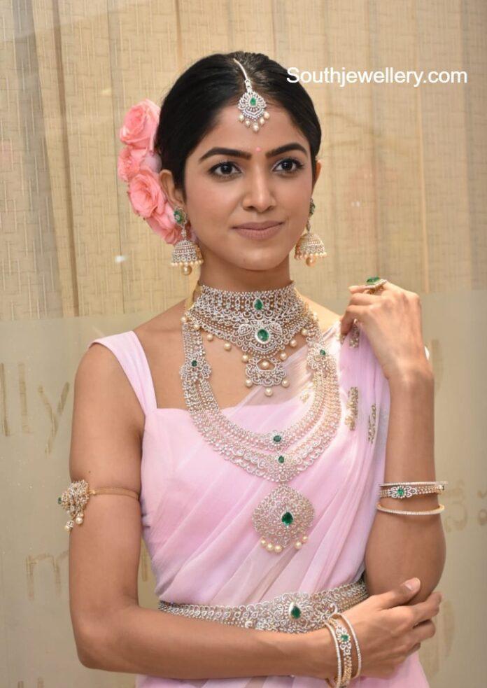 bridal diamond and emerald jewellery manepally