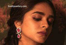 "Anupama Parameswaran dons a black saree for ""Rowdy Boys"" song launch!"